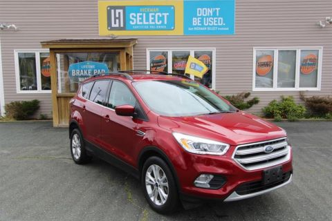 Pre-Owned 2017 Ford Escape SE - 4WD Four Wheel Drive SUV