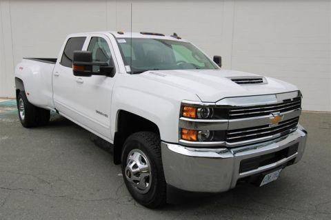 Certified Pre-Owned 2017 Chevrolet Silverado 3500 Crew 4x4 LT / DRW Pick up