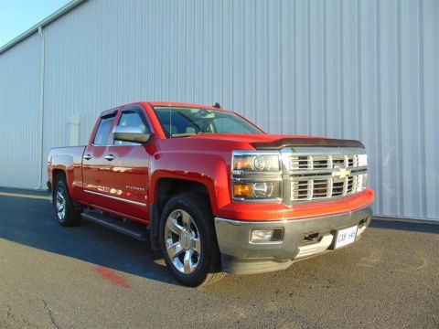Certified Pre-Owned 2015 Chevrolet Silverado 1500 Double 4x4 LTZ / Standard Box Pick up